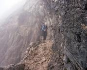 Über den bald erreichten Nordwandsteig geht es zurück zum Einstieg