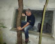 Der späte Außentermin des Hausmeisters, mit Klettereinlagen